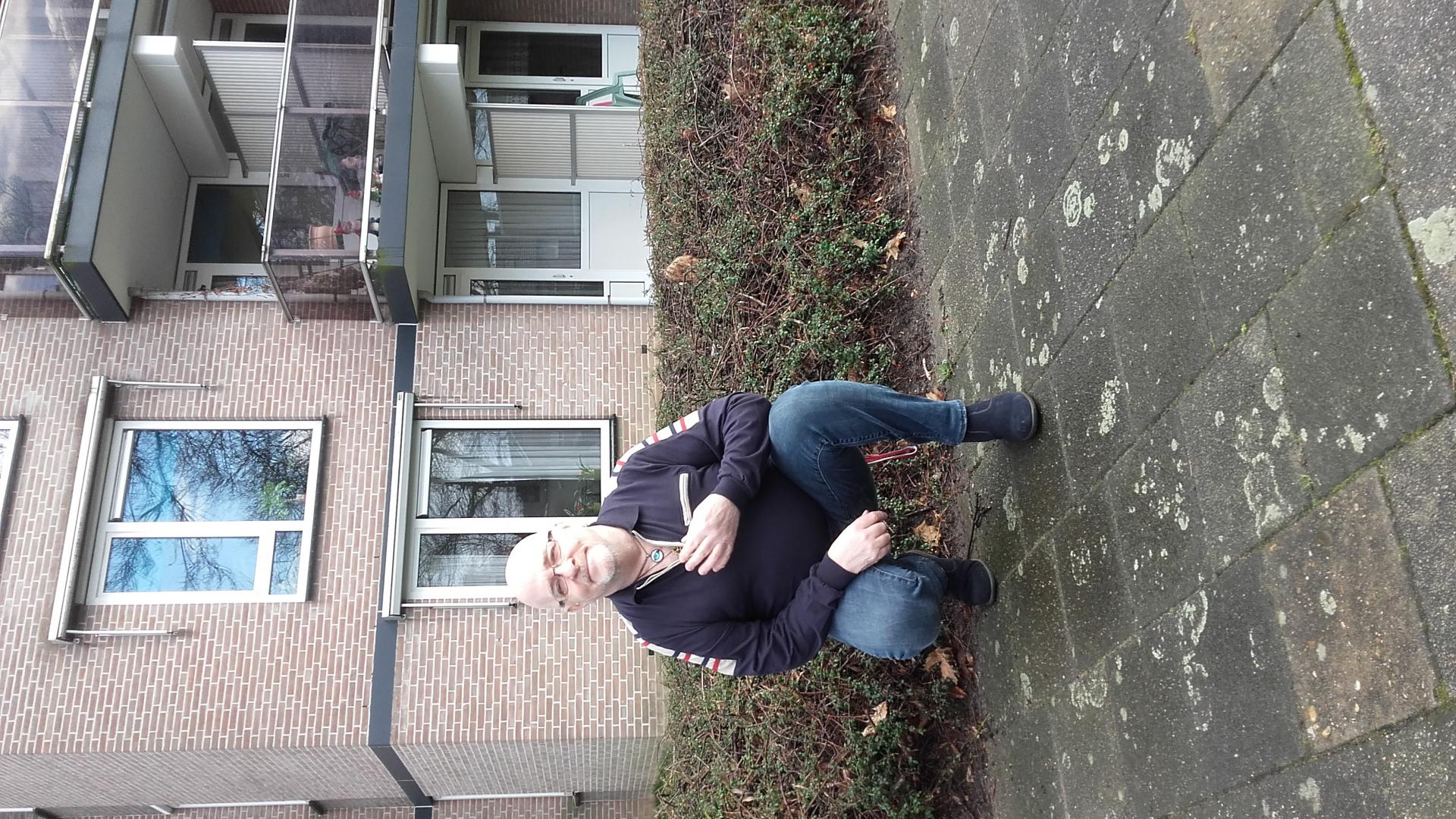 Janos65 uit Limburg,Nederland